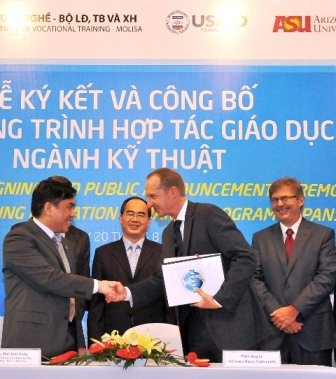 HEEAP MOU Signing August 2012