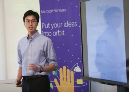 Ninh at Microsoft Idea Camp