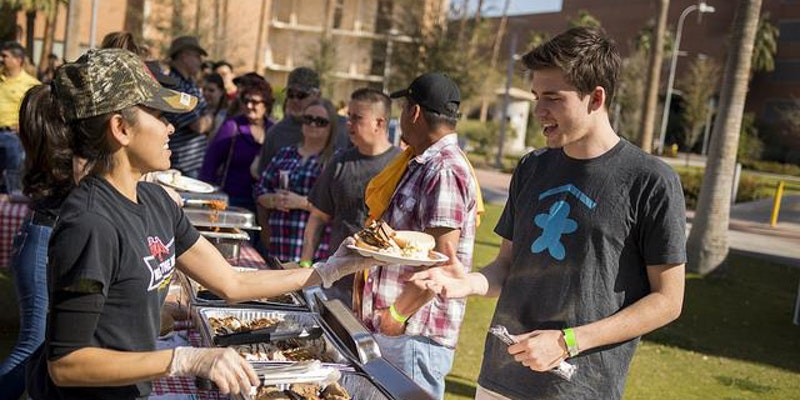 Join us for the engineering tailgate!